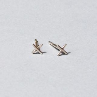 Saskia Diez Silver Wire Cross Small Earrings