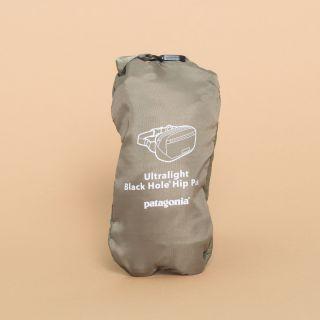 Ultralight Black Hole® Mini Hip Pack Ink Black (Kaki) 1L