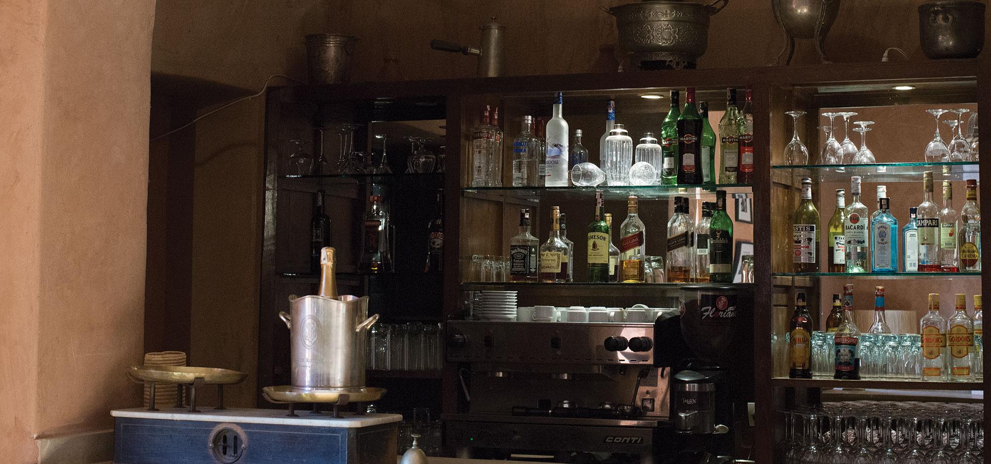 Chef de Bar